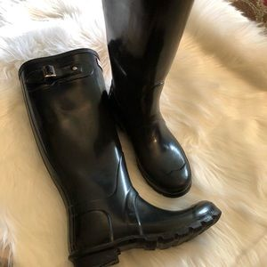 Hunter Black Rain Boots Sz 6